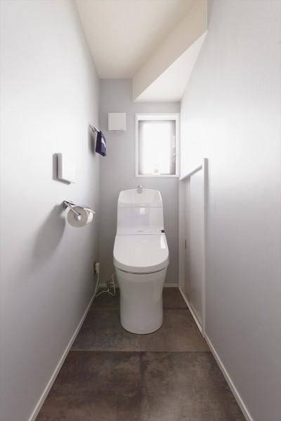 トイレ (N邸_これからの夫婦の暮らし)