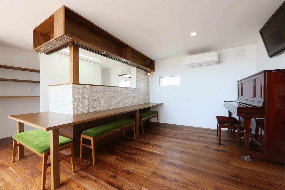 カフェスタイルのオープンスペースがある家。「理想を忘れなかったから生まれた空間です。」 (LDK)