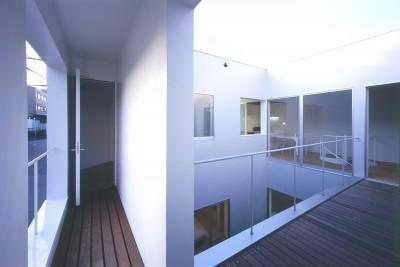2階テラス (橋本の住宅)