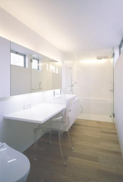 2階洗面・浴室 (橋本の住宅)