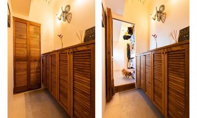 日差しを部屋中に届けるインナーテラスと室内窓 (ウォークスルークローゼット)