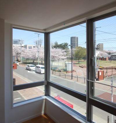 眺めが3倍良くなる窓!景色を切り取る窓のある家 (ピクチャーウィンドウ)