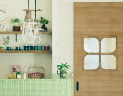 明るく風の抜ける家族の空間 (リノベーション / Leaf)