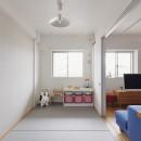 N邸_ブルーが映えるナチュラル&シンプルスタイルの写真 子ども部屋