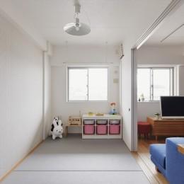 N邸_ブルーが映えるナチュラル&シンプルスタイル (子ども部屋)