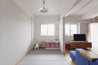 子ども部屋 (N邸_ブルーが映えるナチュラル&シンプルスタイル)