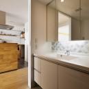 N邸_ブルーが映えるナチュラル&シンプルスタイルの写真 洗面