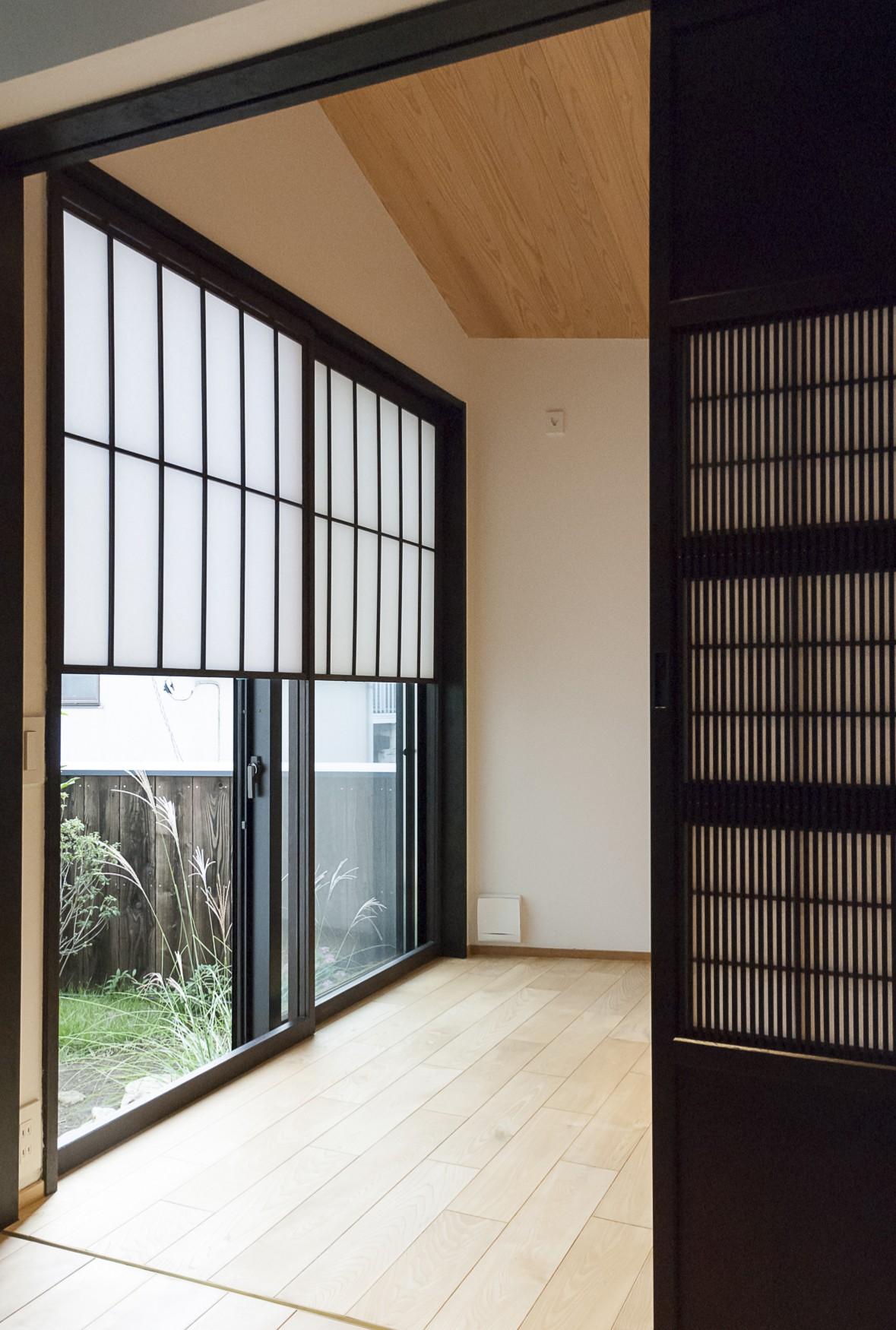 書斎事例:個室(アレルギー反応を持つ子供が住むための和モダン住宅/美しい空気の家)
