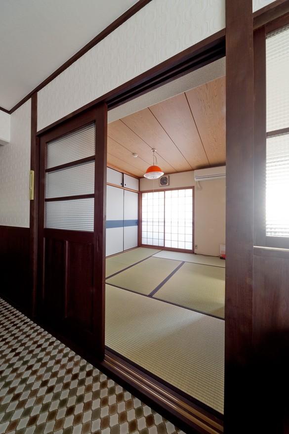 古き良き日本の昭和を感じる (和室)