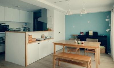 ダイニングとキッチン|リノベーション / cozy