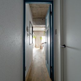 見上げたくなる空間 (廊下)