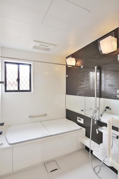浴室 (広場のようなリビング)