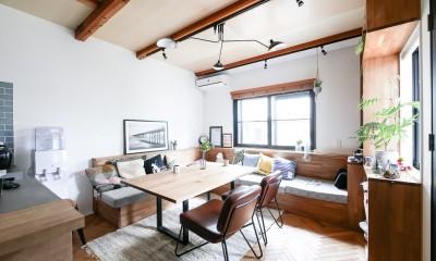 全長5mの造作ソファでのんびりダイニングのお家