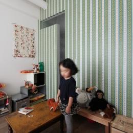 VINSTA - 小窓 × 白ブリック - (KIDSROOM)