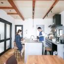 全長5mの造作ソファでのんびりダイニングのお家の写真 キッチン
