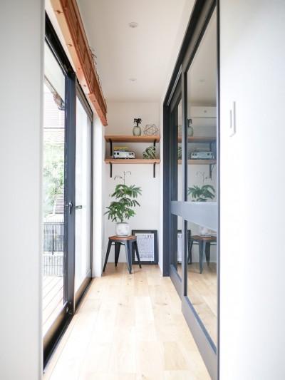 縁側 (全長5mの造作ソファでのんびりダイニングのお家)