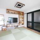 全長5mの造作ソファでのんびりダイニングのお家の写真 和室