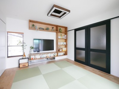 和室 (全長5mの造作ソファでのんびりダイニングのお家)