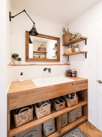 洗面台 (全長5mの造作ソファでのんびりダイニングのお家)