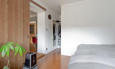 光の環り (寝室)