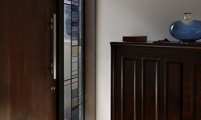大きな天窓の家 (玄関)
