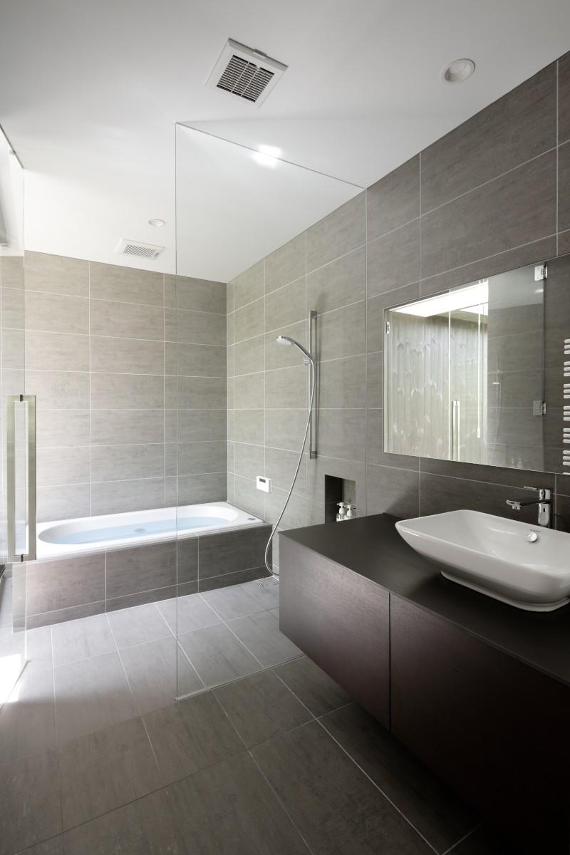 060軽井沢Kさんの家 (浴室+洗面脱衣室)