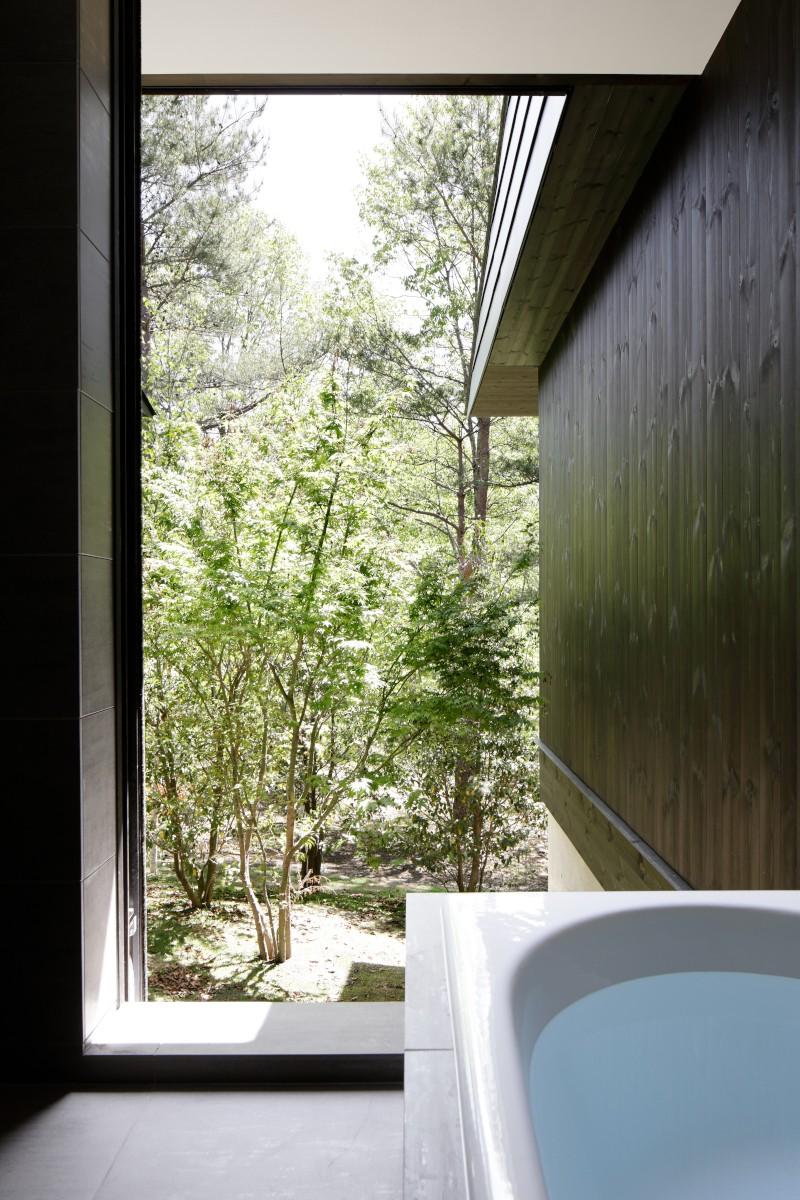 060軽井沢Kさんの家 (浴室)