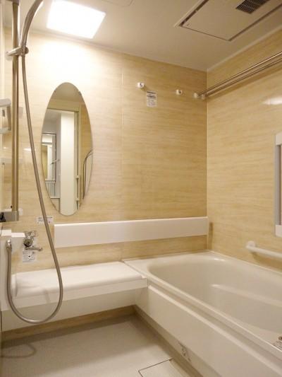 バスルーム (キャットウォークのあるリビング)