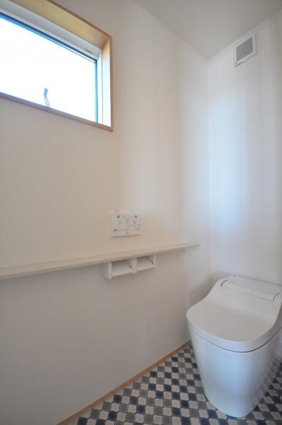洗面室 (湘南を一望できる理想的な生活を送る家)