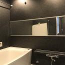 木目を楽しむ家の写真 浴室