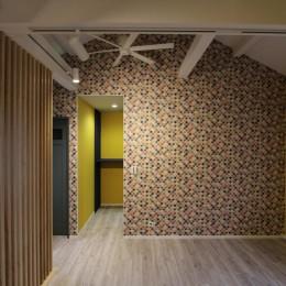 空間別にテイストを変えた個性あふれる戸建てリノベーション