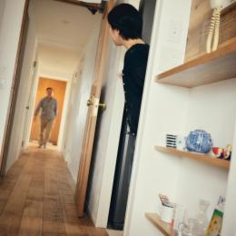リノベーション / Buch (真っ直ぐな廊下)
