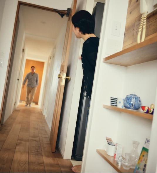 リノベーション / Buchの部屋 真っ直ぐな廊下