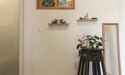 調湿効果のある漆喰塗り壁|自然と優しい素材に囲まれたニュートラルな暮らし