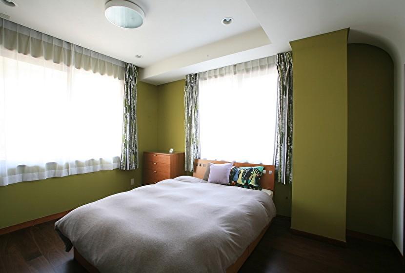 O邸 (ベッドルーム)