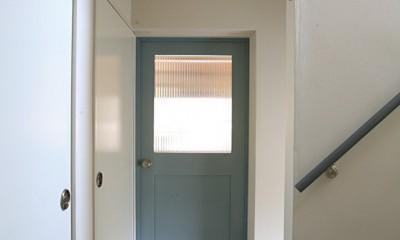 O邸 (ドアは家のアイコンにもなる)