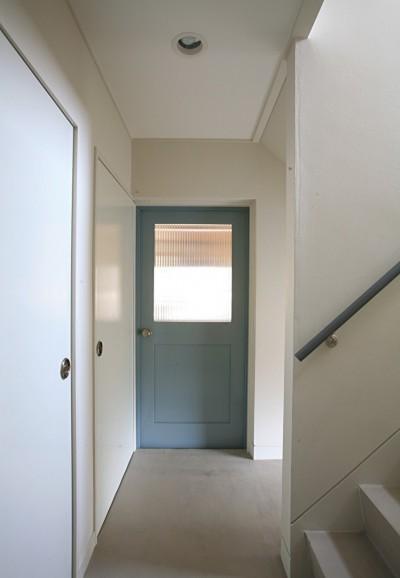 ドアは家のアイコンにもなる (O邸)