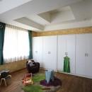 O邸の写真 壁紙で楽しむ子供部屋