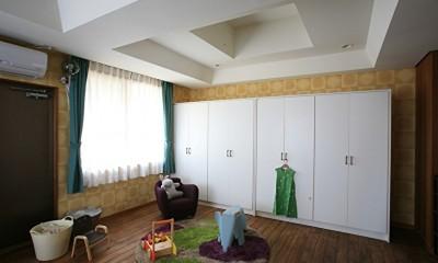O邸 (壁紙で楽しむ子供部屋)