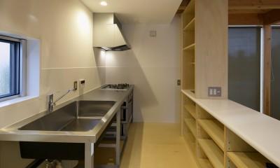 『東口の家』新たなコンセプトを持った住まい (キッチン)