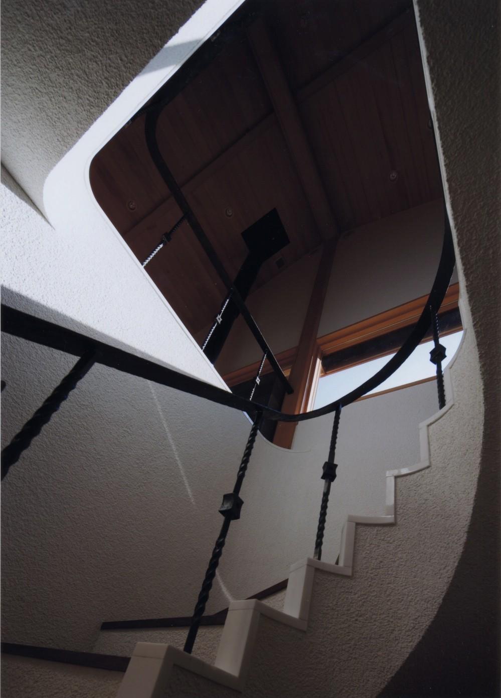 伊豆天城高原の別荘 -DOVE VAI- (階段)