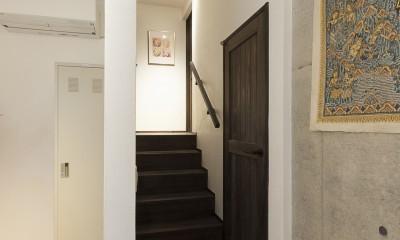 階段|アレルギー反応を持つ子供が住むための和モダン住宅/美しい空気の家