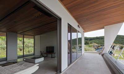 N12-house「回遊テラスのあるガレージハウス」 (2階テラスバルコニー)