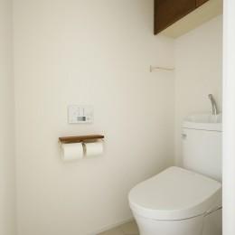T邸_お気に入りが彩る白いキャンバス (トイレ)