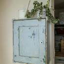 カラフルな異素材ハウスの写真 洗面室