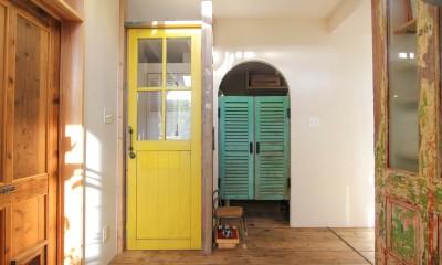 カラフルな異素材ハウス (廊下)