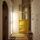 カラフルな異素材ハウスの写真 エントランス