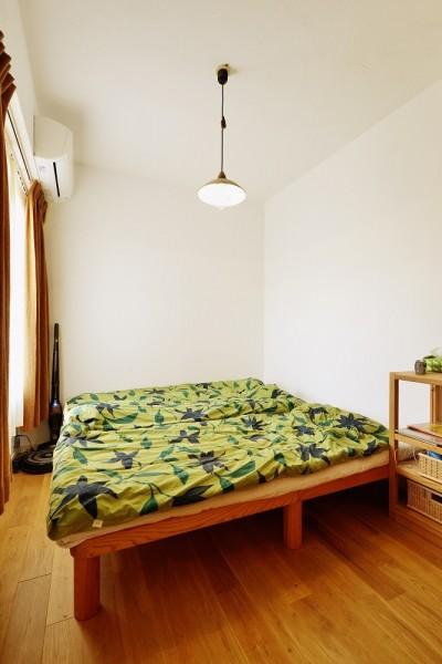 ベッドルーム (東京都国立市K様邸 ~漆喰で育つ感性~)