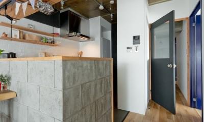 裸足が心地よい床 (キッチン)