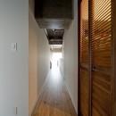 緩く間仕切るの写真 廊下